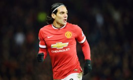 Chelsea sign Falcao on one-year loan