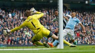 Chelsea lose again as Aguero hits five for City (updated)