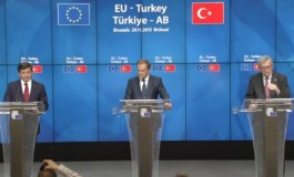 "Declaring ""new beginning"", EU, Turkey seal migrant deal (Update 7)"