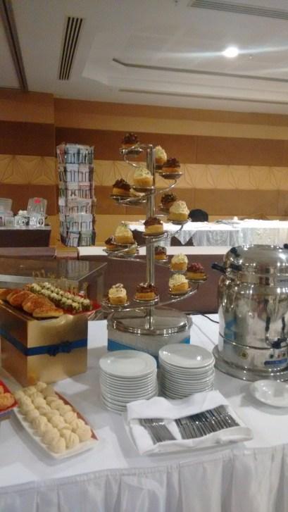 Cupcakes at Merit Royal Premium