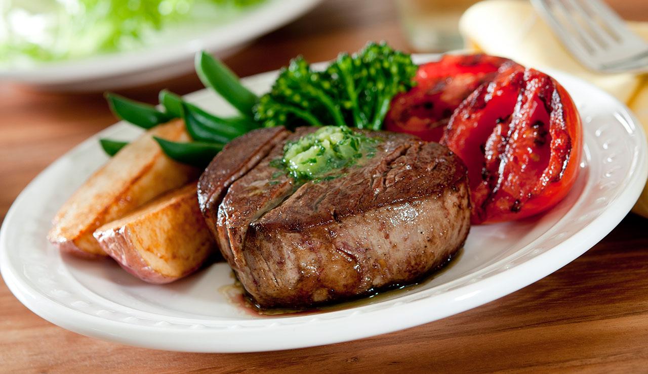 Fullsize Of Grilled Beef Tenderloin