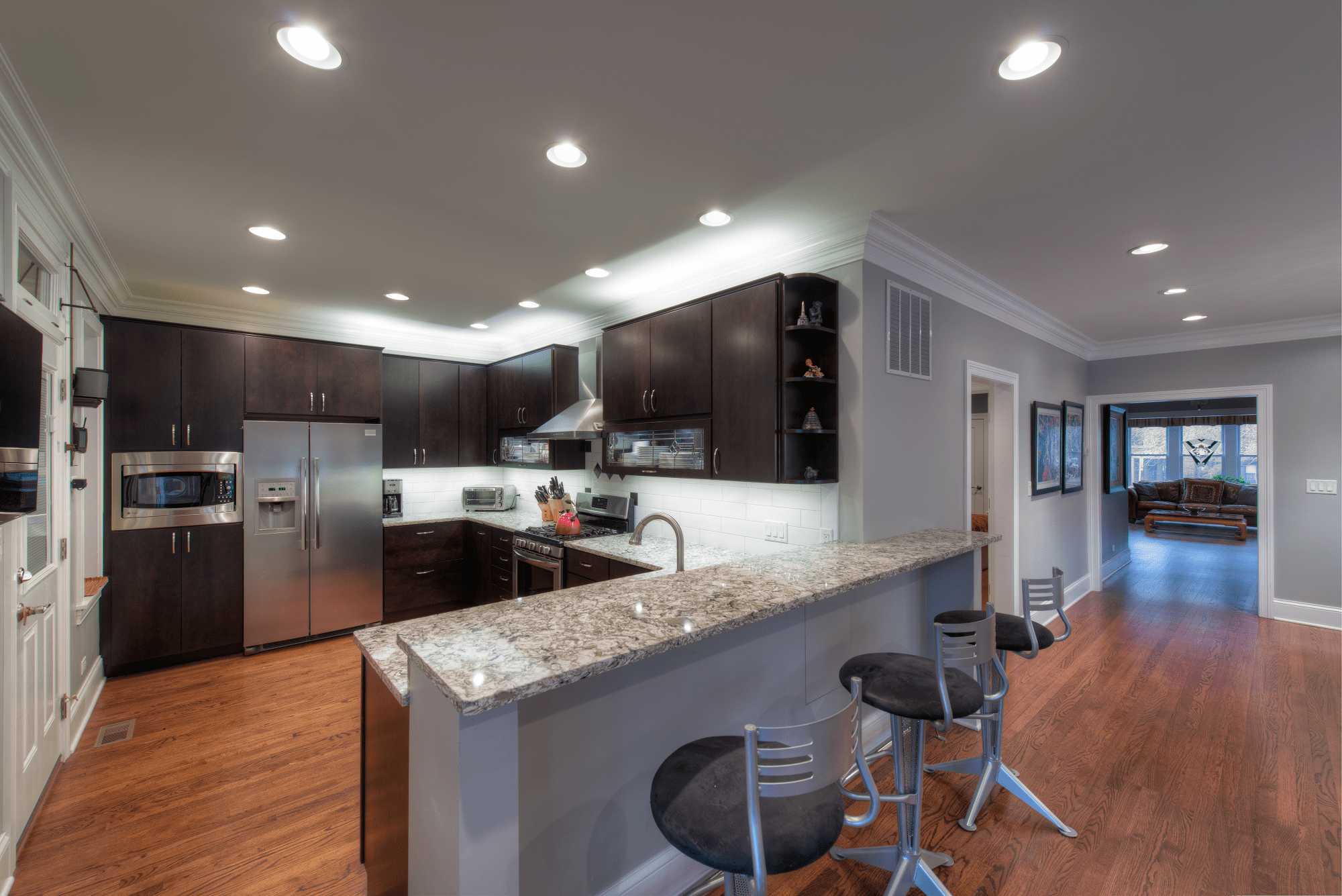 chicago il kitchen remodeling chicago Chicago Bathroom Remodeling Solutions