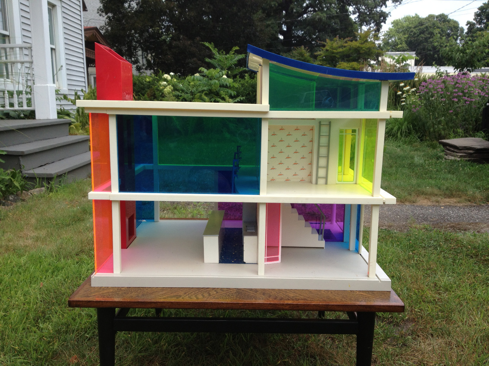 Swish Sale Cape Town Doll Houses Sale Out Re Doll Houses Bozart Three Kaleidoscope Dollhouses Sale Toys R Us curbed Doll Houses For Sale