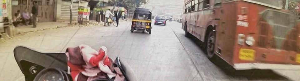 Mumbai City to Ajanta: Heat-Seeking Busses (The Unwritten Road Rules of India)