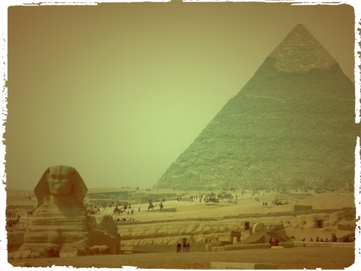 Motorcycle through Egypt, rtw trip, Egypt, wanderlust, adventure, luxor, abu simbel, horus, Cleopatra, valley of the kings, valley of the queens, cairo, giza, great pyramids, sphinx, dahshur, maidum pyramid, red pyramid, bent pyramid, ramses 1, ramses 2, ramses 3, djoser, dagsvstheworld, travel, travel guide eypt