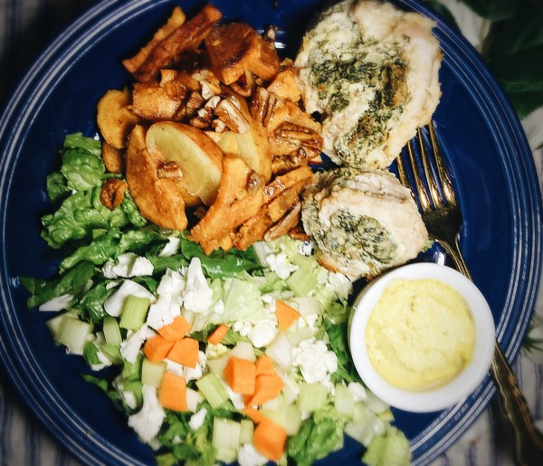 Halved #Whole30 Turkey Roulades with Super Simple Sweet Potatoes, Tossed Salad, & Presto Peachy Vinaigrette.