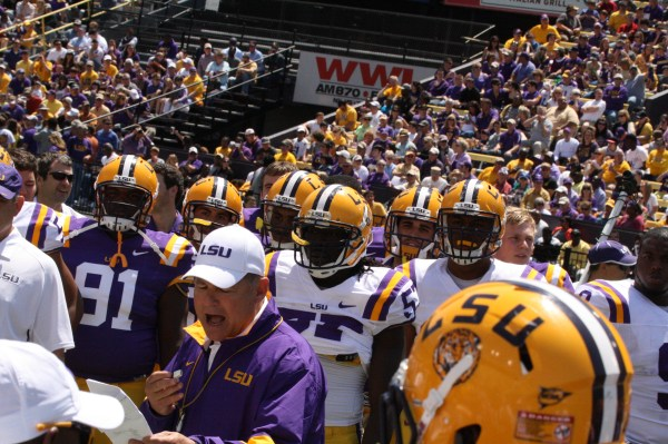 Les Miles getting the team ready.