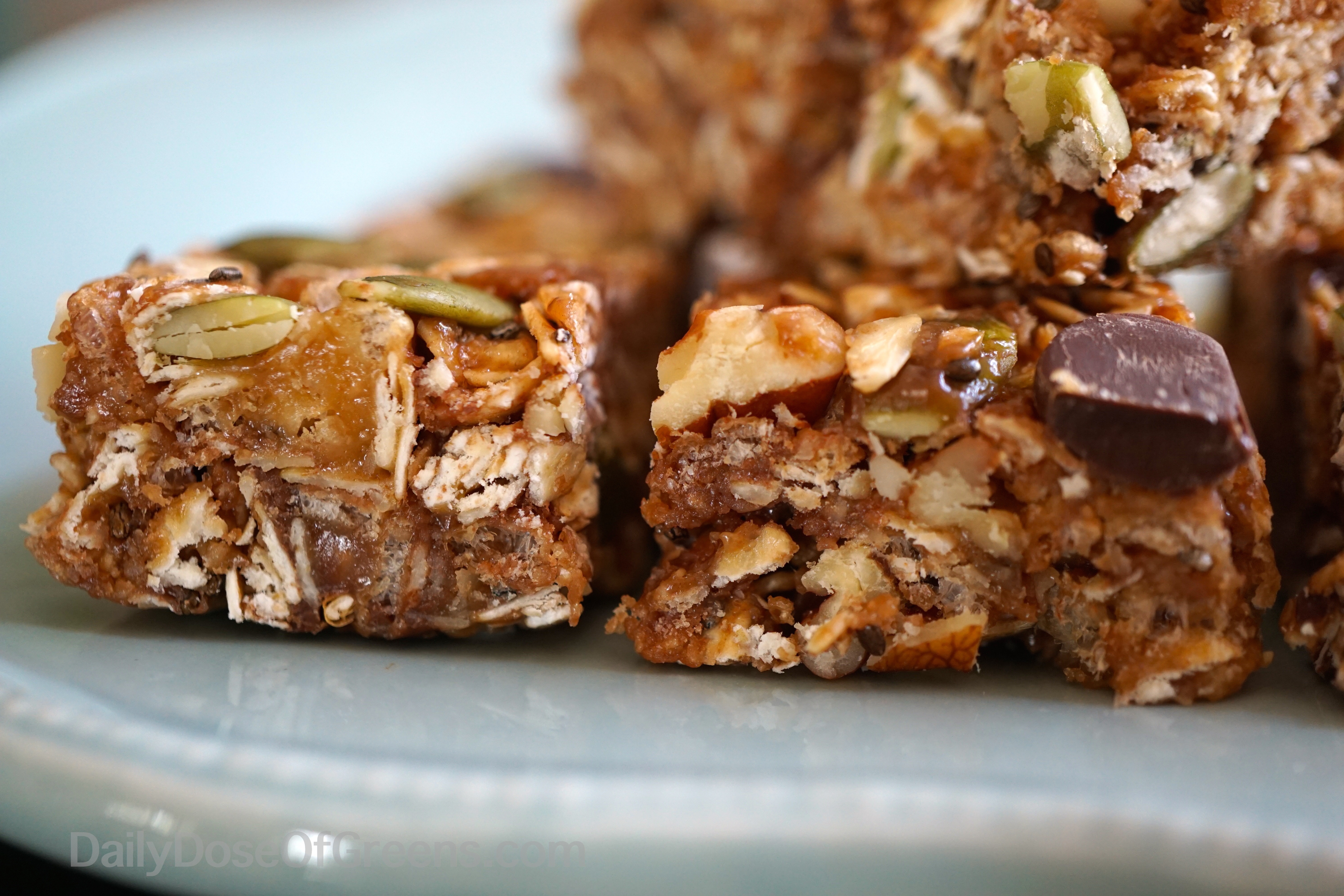 Peanut Butter and Chocolate Chip Granola Bars - Daily Dose of Greens