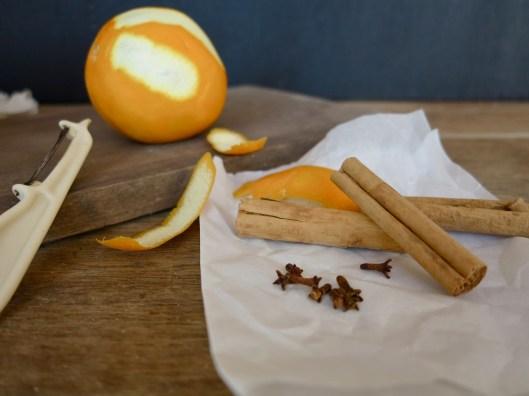 cinnamon stick, cloves and orange rind