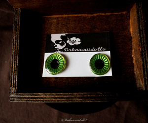 Custom Blythe Eye Chips All Hand made Hand paint Green and Metallic Yellow