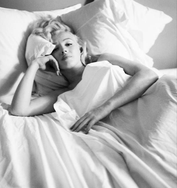 marilyn-monroe-waking-up-in-the-morning
