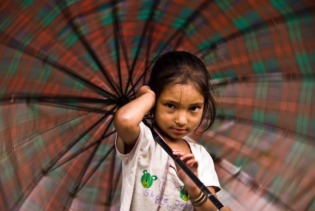 Umbrela girl Nepal