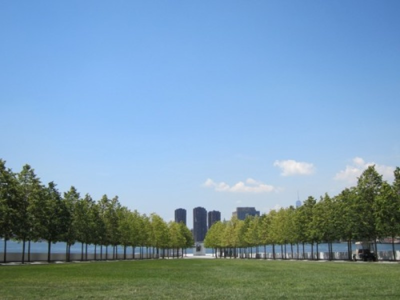 Four-Freedoms-Park-Roosevelt-Island-lawn-southern-view-comp