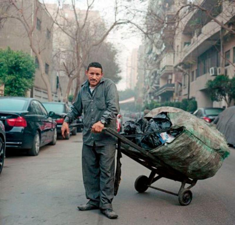 What-the-garbage-man-knew-Peter-Hessler-New-Yorker-photo-Rita-Effendi
