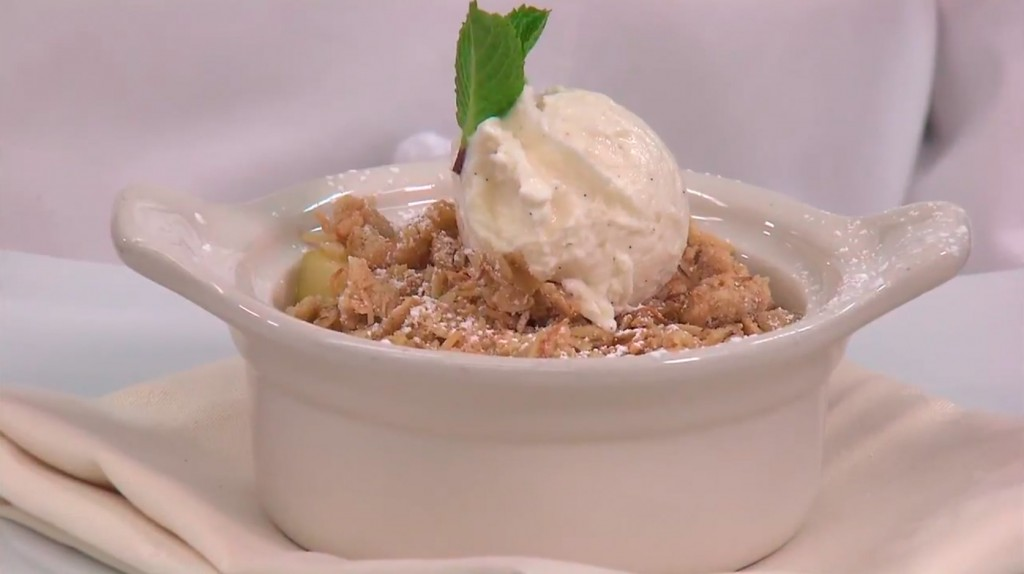 Disney Recipes: Easy Apple Crisp - Disneyland Resort's Napa Rose