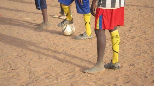 DU_feet&cleats