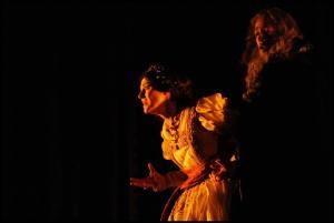 Svetla Vassileva as Elvira and Alexander as Silva