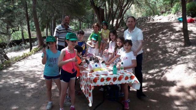 """Unos 30 niños y niñas participan en las actividades medioambientales organizadas en La Santa con motivo del Día Mundial del Medio Ambiente, organizadas por la asociación """"Caja de Pandora"""""""