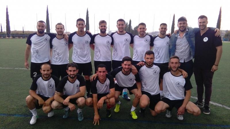 """El equipo """"Pizzeria Tumar Los Cachorros"""" se proclama campeón de la Liga de Fútbol """"Enrique Ambit Palacios"""", organizada por la Concejalía de Deportes"""