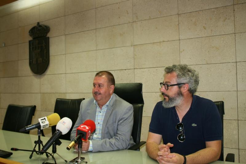 El alcalde anuncia que el Consistorio acudirá a los Tribunales de Justicia para denunciar la modificación del trazado del AVE propuesto por Adif, siguiendo el mandato unánime del pleno