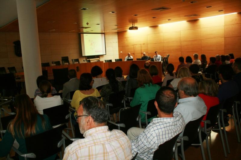 VÍDEO. El Ayuntamiento inicia la implantación de la Administración Electrónica que permitirá una modernización y simplificación administrativa, y promoverá la accesibilidad y transparencia en los servicios públicos