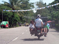 A common mode of transportation in Surigao and elsewhere in Mindanao. (davaotoday.com photo by Daisy C. Gonzales)