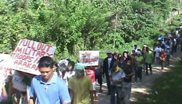 Residents call for military pull-out in Arakan, North Cotabatao, Philippines
