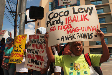 Coco farmers embark on 71-day march to Malacanang