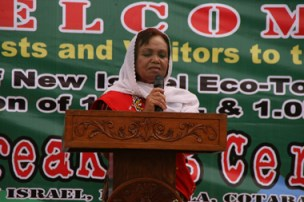 THANKFUL. New Israel village chief Lovely Paraiso expresses gratitude to the provincial leaders for developing their place as an eco-tourism spot in Cotabato province, January 3, during the groundbreaking ceremony of the proposed 1.2 Kms. and 1.0 Km. zip lines. The project will be completed by March this year. (davaotoday.com photo by Alex D. Lopez)