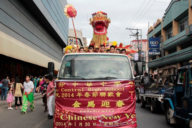 WELCOMING CHINESE NEW YEAR. A Chinese dragon takes a ride along Magsaysay Avenue during Thursday's parade in Davao City's Chinatown welcoming the Chinese New Year. (Medel Hernani/ davaotoday.com)