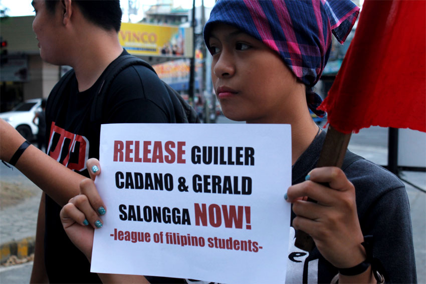 Youth activists picketted at the Freedom Park to call for the release of two UP Pampanga alumni who were arrested by authorities last week.