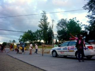Authorities detonate bomb left in bus