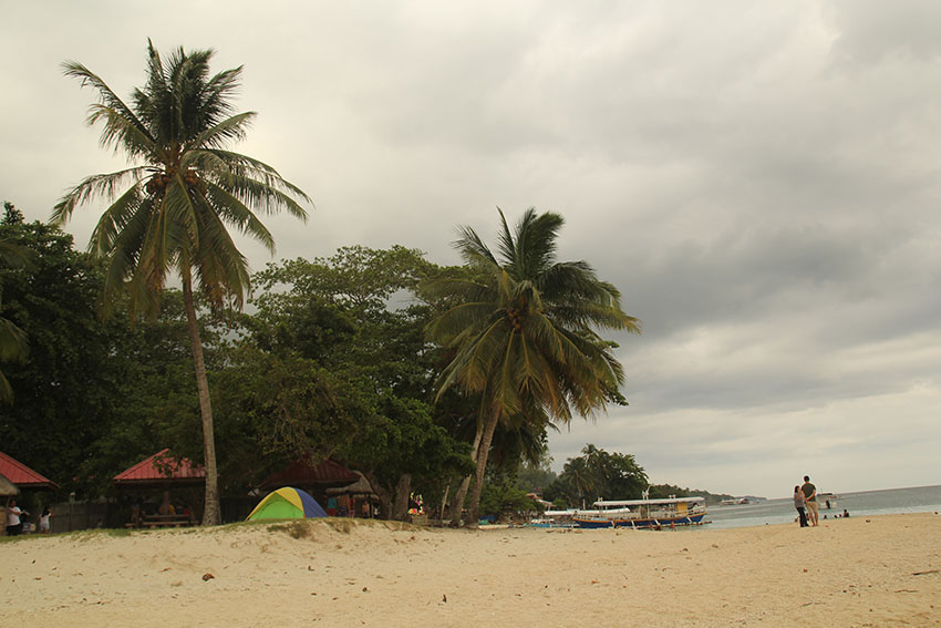 Samal sets more restrictions on resorts after COVID-19 cases rise