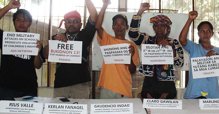 Tribal leaders and farmers demand the government to pull out the military troops from their community. (Medel V. Hernani/davaotoday.com)