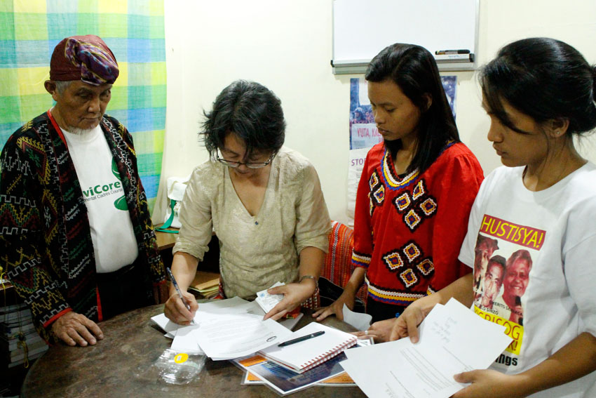 KIN and witnesses of Lumad killings in Mindanao submit cases of human rights violations in indigenous communities allegedly perpetrated by the Army and paramilitary groups to UN Special Rapporteur on the Rights of Indigenous Peoples, Vicky Tauli-Corpuz (second from left). (Contributed photo)