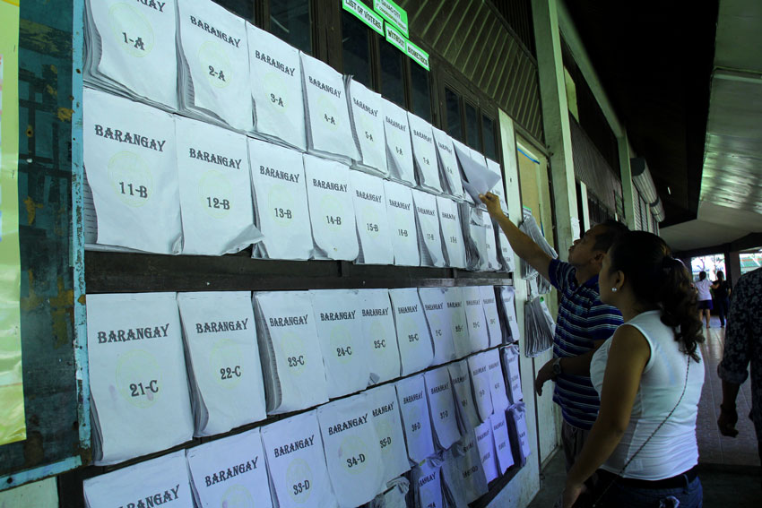 Comelec 11 rates self 10 in readiness for polls