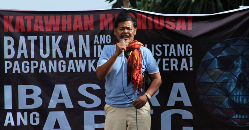 Farmer.  Isabello Sinzo, head of the Compostela Farmers Association delivers a speech during a protest rally against the Asia Pacific Economic Cooperation summit in Davao City. (Ace R. Morandante/davaotoday.com)