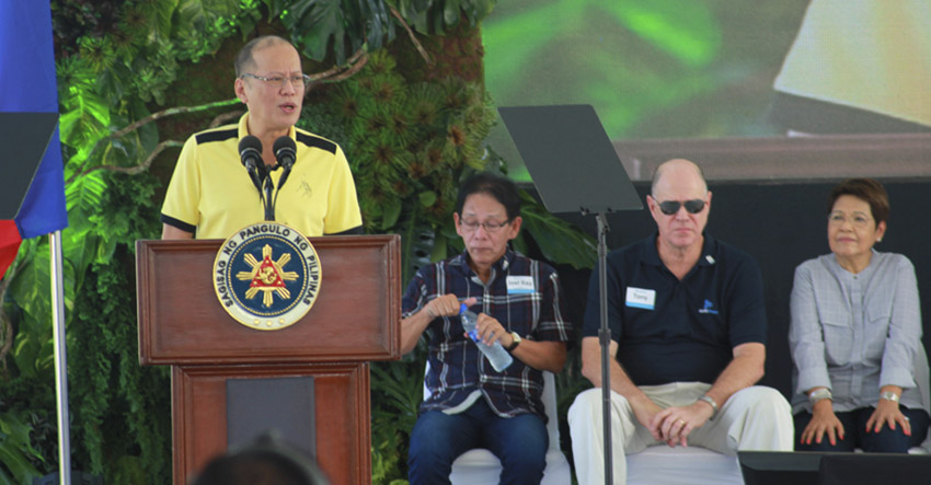 Pres. Aquino defends use of coal plant