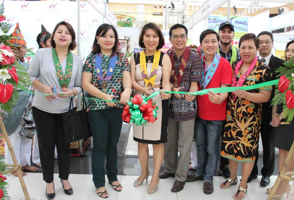 TRAVEL AND TRADE SHOW. The 3rd National Association of Independent Travel Agencies Travel and Trade Show is open at the ground floor of  Abreeza Mall along J.P. Laurel, Bajada, Davao City from March 13-15. From left: Lisette Marques, OIC of the Davao City Tourism Operations Office; Honeylet Avanceña, common-law wife of City Mayor Rodrigo Duterte; Wanda Tulfo Teo, national chairman of NAITAS; Roberto Alabado III, regional director of the Department of Tourism; Gilbert Alvarez, president of NAITAS Davao, Riza Canda, member of the NAITAS Board of Trustee, and Norazman Chung, General Manager of the Berjaya Hotel. (Medel V. Hernani/davaotoday.com)