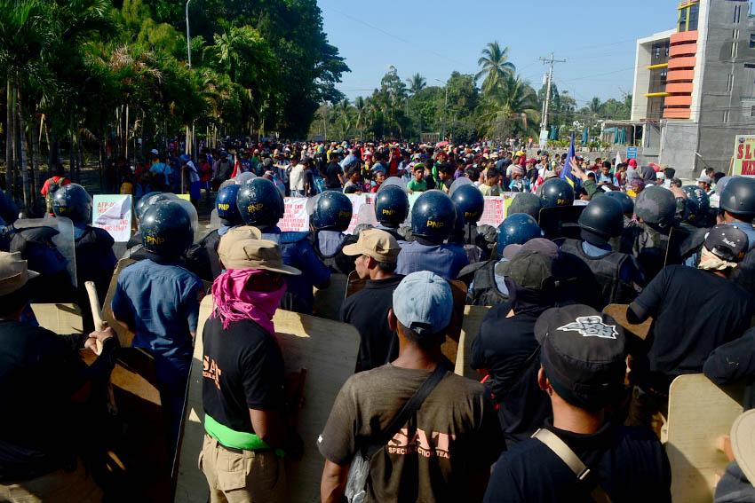 Senate to probe Kidapawan 'massacre'
