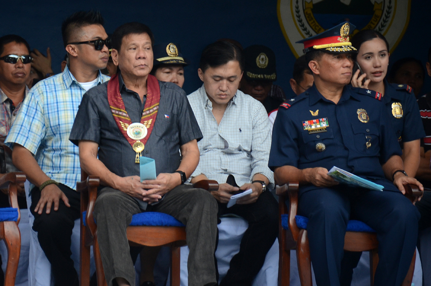 GUEST OF HONOR. President-elect Rodrigo Duterte attends the turnover rites of the Davao City Police Office command held at the DCPO grounds, Friday, June 24. (Ace R. Morandante/davaotoday.com)