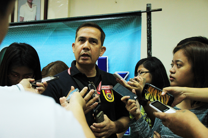 PREPARED. Davao Central 911 Chief Emmanuel Jaldon says appropriate precautionary measures are already being taken as La Niña also starts. He encouraged the public to prepare their own emergency kits during disasters. (Paulo C. Rizal/davaotoday.com)
