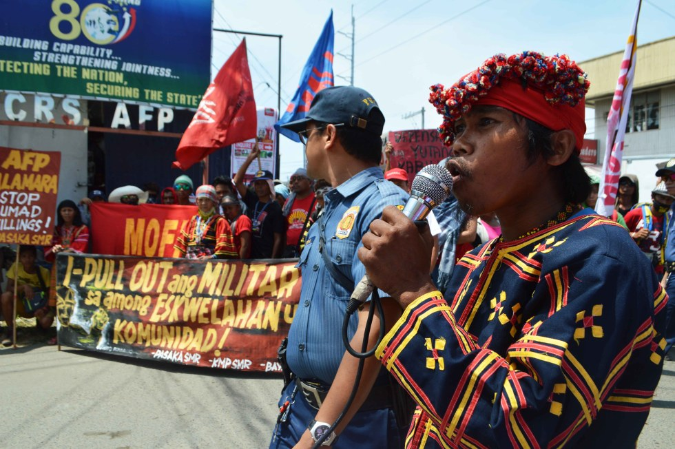 A Matigsalug leader somewhere in Compostela Valley  province says that the Army stayed in their community, and create fear among farmers in staying long in their farm. He said the Army charges us supporters of the New Peoples Army (NPA). (Medel V. Hernani/davaotoday.com)