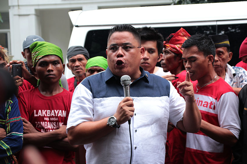 Anakpawis Rep. Ariel Casilao delivers a solidarity message during the protest rally led by the newly-formed national minority alliance Sandugo held in front of the Department of Justice office in Padre Faura street, Manila on Monday. (Paulo C. Rizal/davaotoday.com)