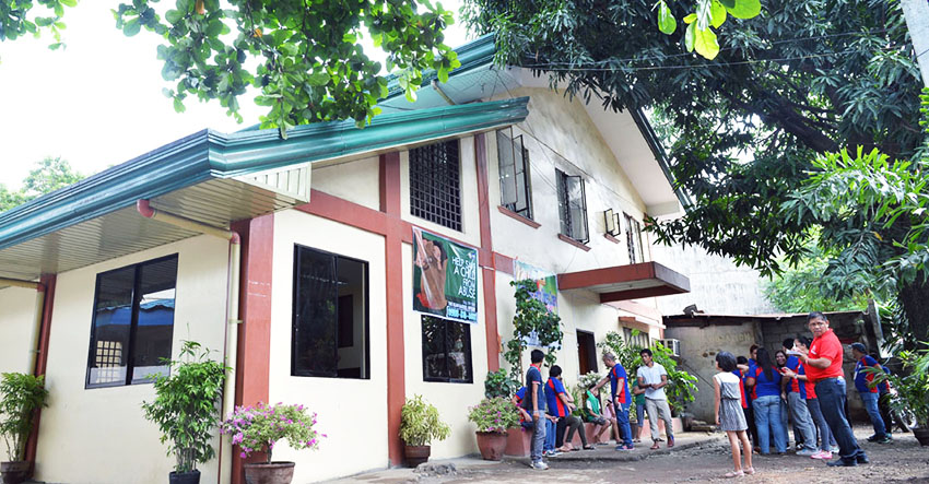 With Davao's new child abuse hotline, reports on abuses, parental custody pour in