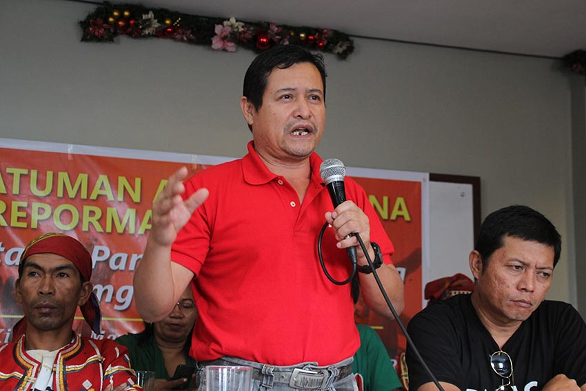 Pedro Arnado, chairperson of the Kilusang Magbubukid ng Pilipinas Southern Mindanao Region said that the Comprehensive Agreement on Socio Economic Reforms will enable the House Bill No. 555 or the Genuine Agrarian Reform Bill to pass into law. (Paulo C. Rizal/davaotoday.com)