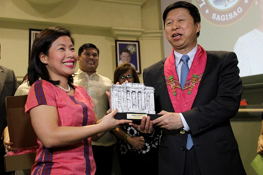 China donates $600K to Davao City for classrooms, water facilities