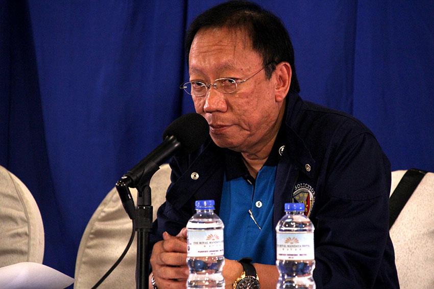 Labor group accuses Sol Gen of hypocrisy