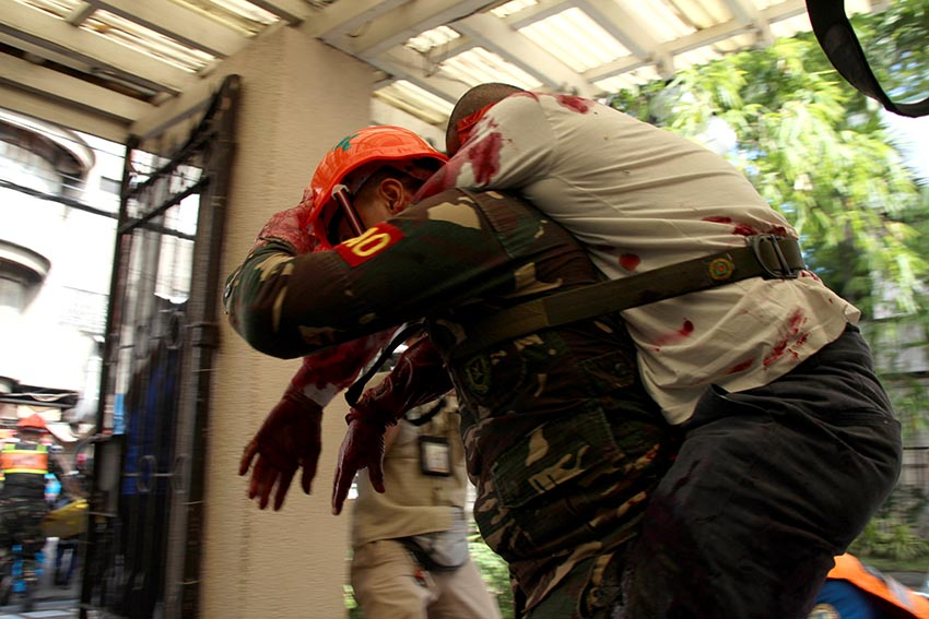 IN PHOTOS | Simulated earthquake drill in Davao City