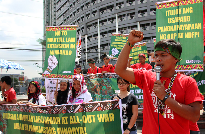 Despite protests, lawmakers overwhelmingly back martial law extension